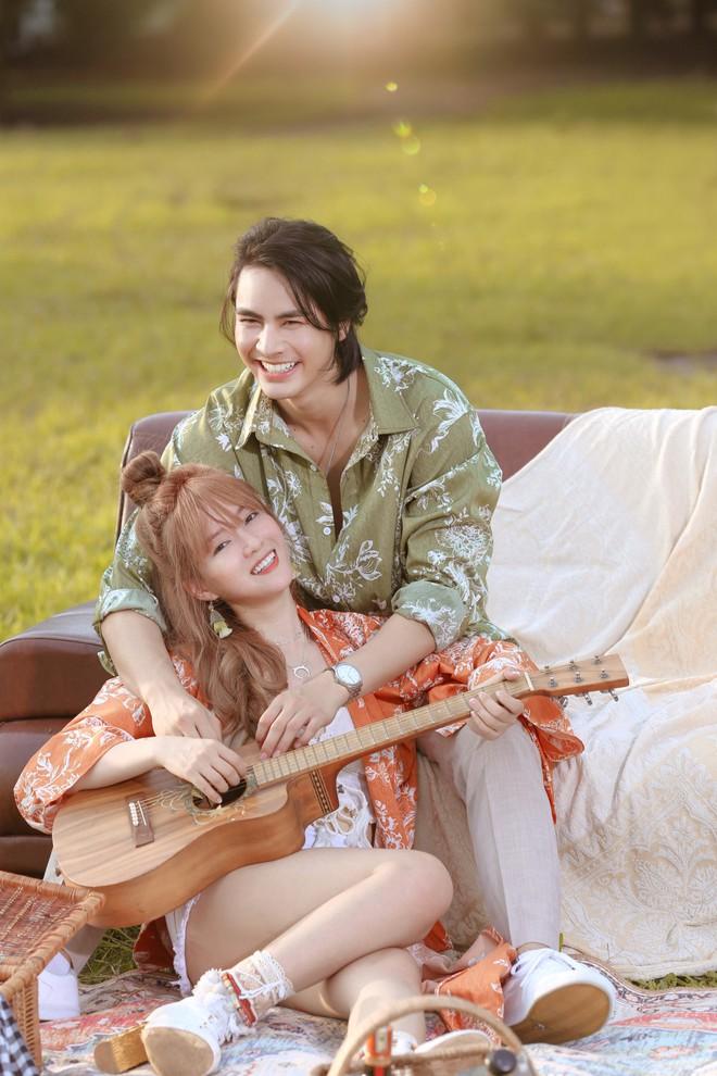 Đinh Hương ôm hôn tình cảm mỹ nam nổi tiếng Thái Lan trong MV mới - Ảnh 1.