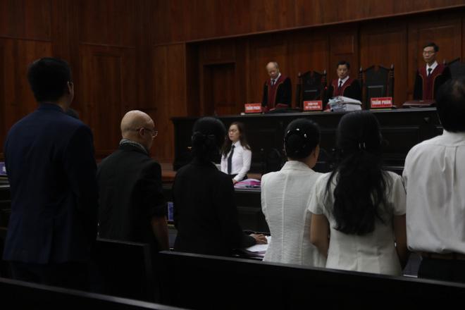 Hoãn phiên phúc thẩm ly hôn ông Đặng Lê Nguyên Vũ và bà Lê Hoàng Diệp Thảo - ảnh 1