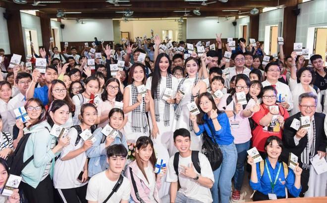 Hành trình Từ Trái Tim khơi dậy khát vọng lớn cho tuổi trẻ Miền Đông và Tây Nam Bộ