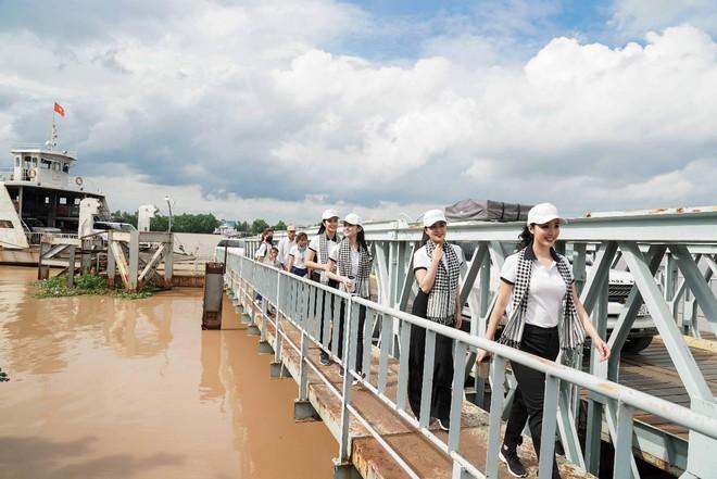 Hành trình Từ Trái Tim khơi dậy khát vọng lớn cho tuổi trẻ Miền Đông và Tây Nam Bộ - Ảnh 11.