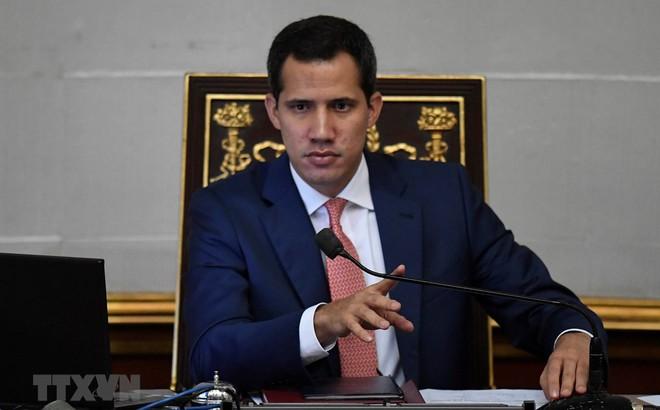 Quốc hội Venezuela phê chuẩn ông Juan Guaido làm tổng thống lâm thời