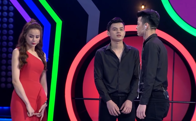 Đòi đổi luật gameshow, tìm hiểu cùng lúc 2 anh em sinh đôi rồi loại, Sella Trương bị chỉ trích