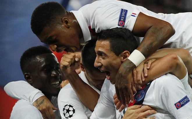 """Không Neymar, chẳng Mbappe, PSG bất ngờ """"hạ nhục"""" Real Madrid bằng sao cũ của Man United"""