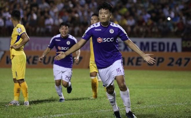 """""""Vũ khí bí mật"""" của thầy Park lập công, Hà Nội FC chính thức lên ngôi vô địch V.League"""