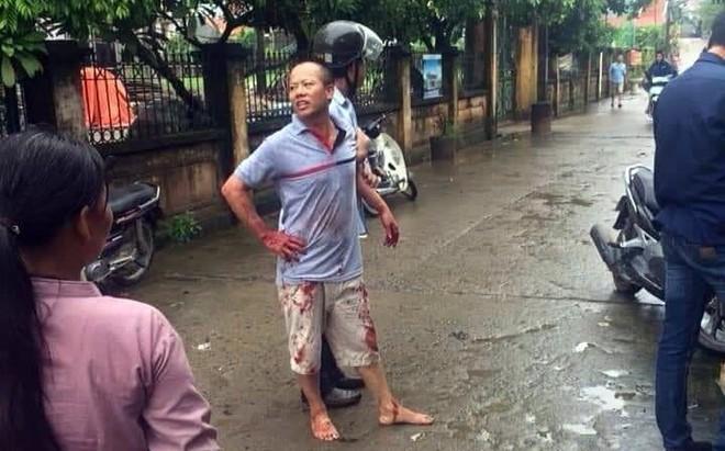 Dân làng Bồng Lai ám ảnh trước cái vẫy tay chào bà con lần cuối của kẻ gây thảm sát cả nhà em ruột - Ảnh 2.