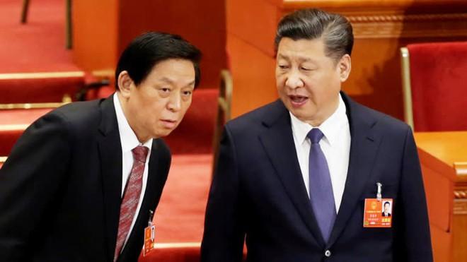 Ông Tập Cận Bình làm Lãnh tụ nhân dân: Trung Quốc ra quyết định bước ngoặt giữa muôn trùng vây? - Ảnh 2.