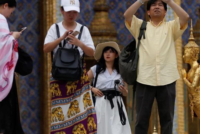 """Vì sao du khách Trung Quốc trở thành """"nỗi ám ảnh"""" toàn cầu?  - Ảnh 3."""