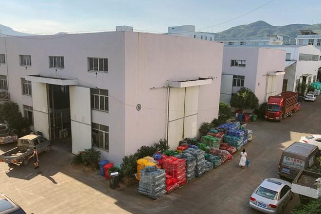Thiên đường nhựa ở Trung Quốc quay cuồng giữa làn sóng tái chế rác thải - Ảnh 2.