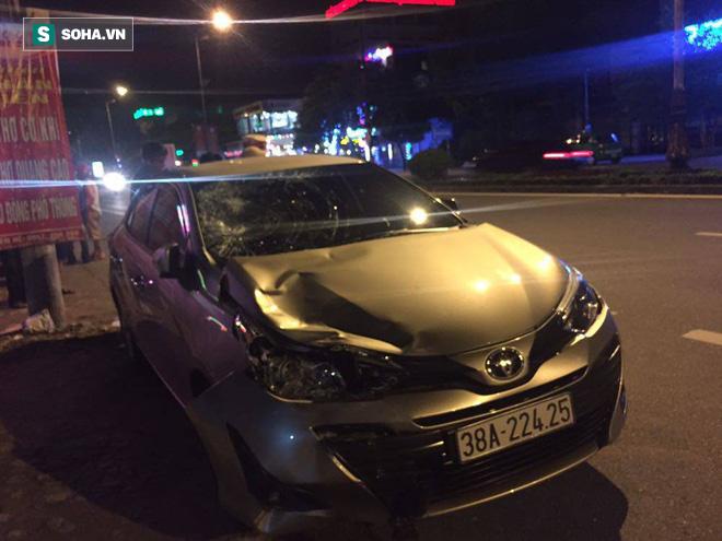 Chủ nhiệm UBKT Đảng ủy khối cơ quan và doanh nghiệp Hà Tĩnh lái ô tô tông 2 thanh niên nguy kịch - Ảnh 2.