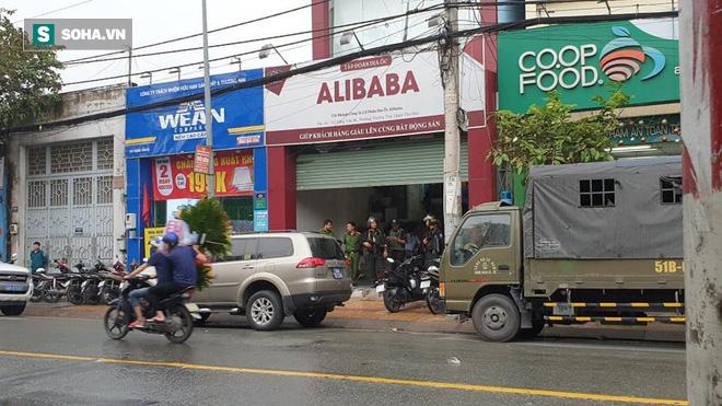 Nhiều công ty con của Alibaba bị cảnh sát ập tới khám xét trong chiều 20/9 - Ảnh 3.
