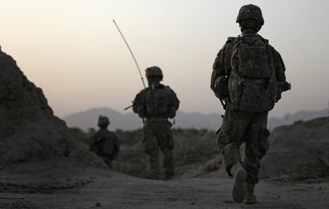 Tấn công Iran: Cánh cửa địa ngục mở ra với 31.000 quân Mỹ-NATO mắc kẹt ở Trung Á? - Ảnh 8.