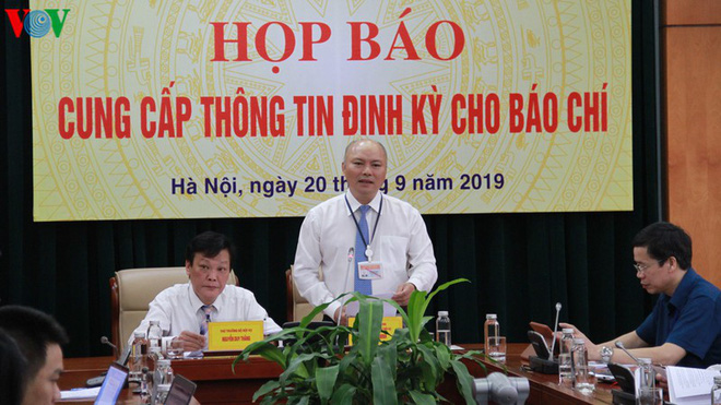"""Đại biểu Quốc hội Hồ Thị Cẩm Đào bị kiểm điểm vì đám cưới """"rình rang"""" cho con - Ảnh 1."""