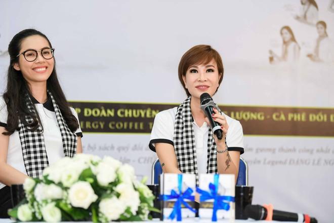 Hoa hậu Hương Giang: Sách quý là nguồn tri thức cần được chia sẻ - Ảnh 12.
