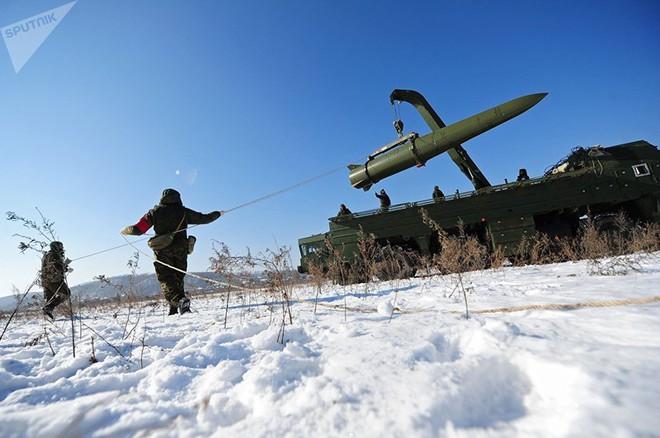 Mỹ luyện tập hạ gục hệ thống phòng thủ Nga ở Kaliningrad - Ảnh 2.