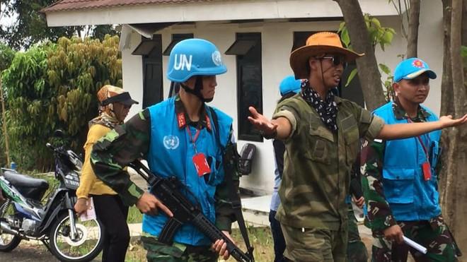 Chiến sĩ gìn giữ hòa bình Việt Nam huấn luyện sử dụng súng trường Pindad SS2 tối tân - Ảnh 6.