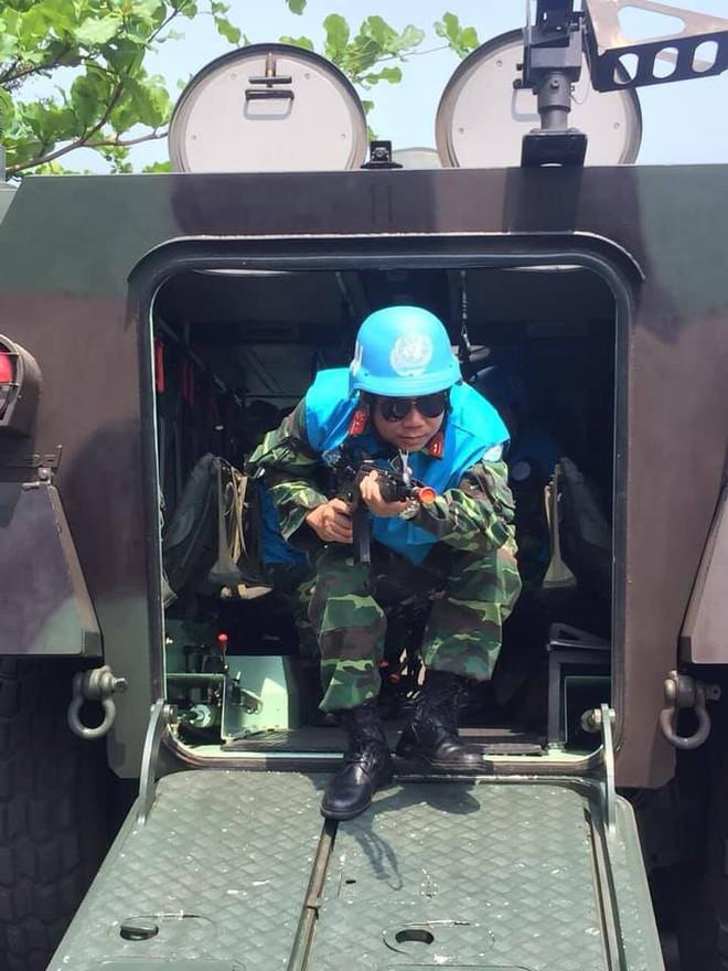 Chiến sĩ gìn giữ hòa bình Việt Nam huấn luyện sử dụng súng trường Pindad SS2 tối tân - Ảnh 8.