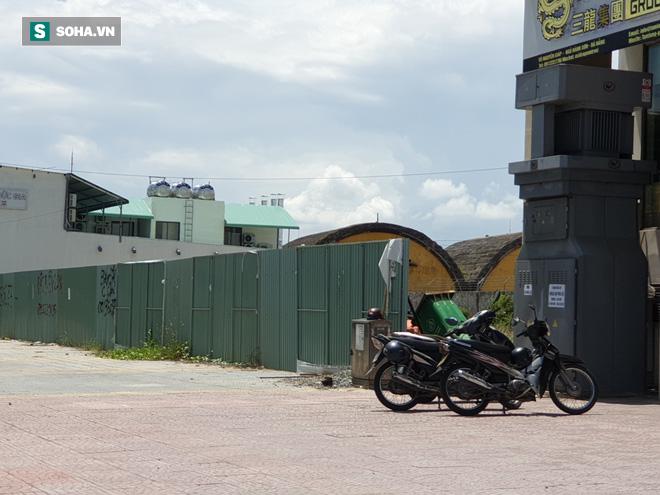 [Ảnh] Cận cảnh phố người Hoa dọc bờ biển, ven sân bay Nước Mặn Đà Nẵng - Ảnh 9.