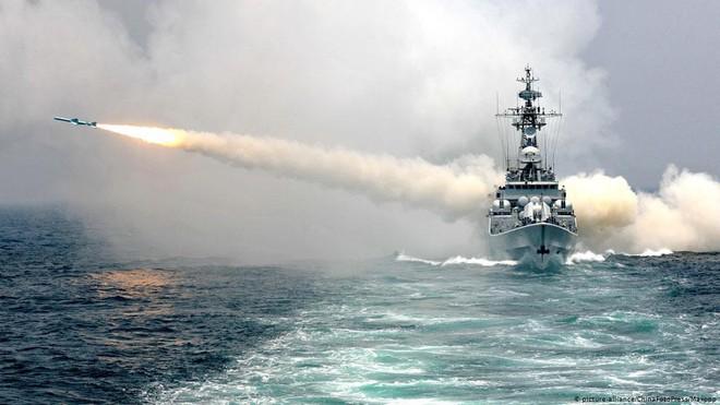 Nếu nghênh chiến, tàu sân bay Mỹ sẽ thắng Trung Quốc - Chuyên gia Nga nhận định - Ảnh 13.