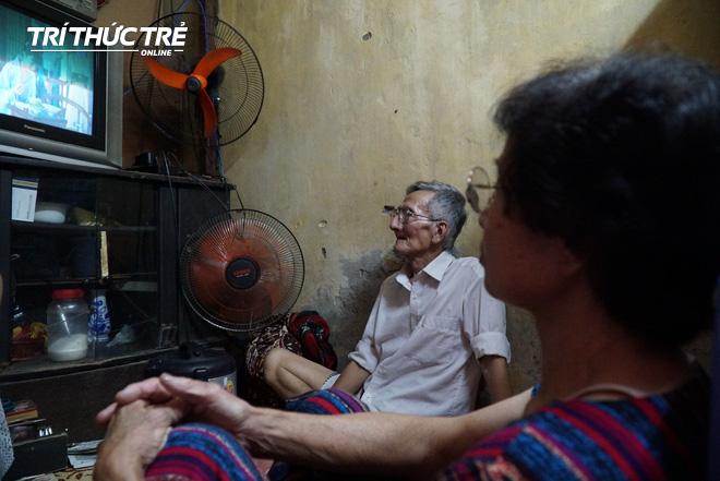Chuyện hy hữu giữa Thủ đô: Cặp vợ chồng sống trên nóc nhà vệ sinh suốt… 44 năm - ảnh 7