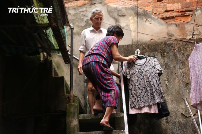 Chuyện hy hữu giữa Thủ đô: Cặp vợ chồng sống trên nóc nhà vệ sinh suốt… 44 năm - ảnh 8