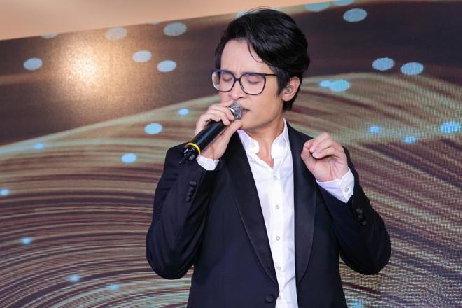 Bố chồng, ông xã Tăng Thanh Hà hết lời khen ngợi siêu mẫu Thanh Hằng - Ảnh 10.