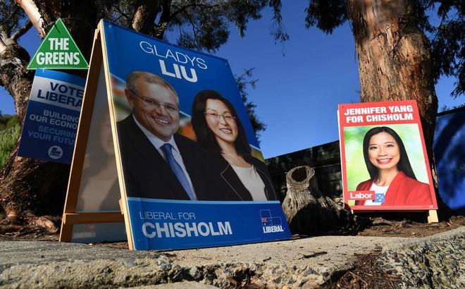 Nữ nghị sĩ bật khóc trước quốc hội: Người Hoa ở Úc bị lôi vào vòng xoáy cùng câu hỏi cực hóc búa về mối quan hệ với TQ - Ảnh 2.