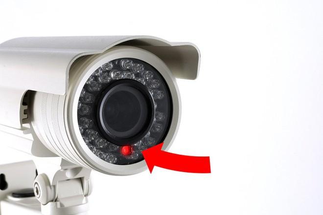 Thấy những dấu hiệu bất thường này khi sử dụng đồ công nghệ, hãy báo cảnh sát ngay lập tức - Ảnh 1.