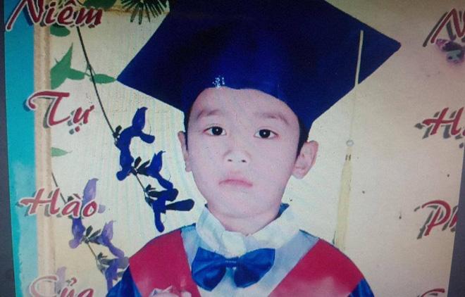 Bé trai 10 tuổi tại Bình Phước nghi bị nước cuốn trôi trong cơn mưa - Ảnh 1.
