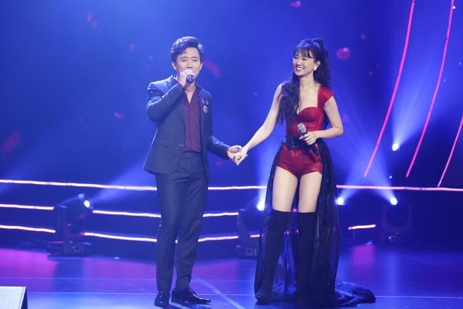 Hari Won bật khóc trước hàng ngàn khán giả - Ảnh 3.