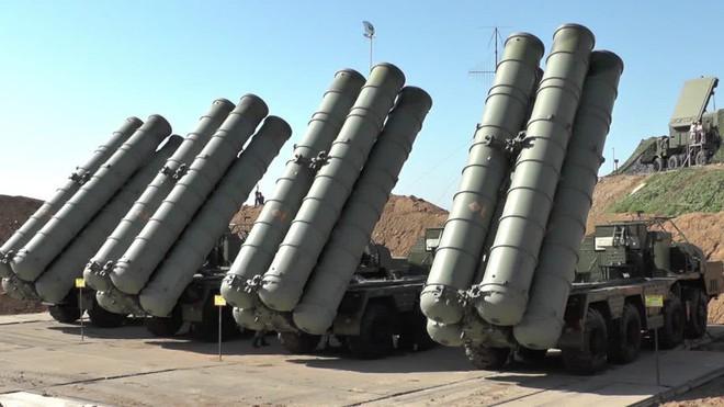 Chiến đấu cơ Saudi xuất kích ồ ạt trả đũa đòn tập kích nhà máy lọc dầu - Nga bật đèn xanh cho S-300 Syria khai hỏa UAV Israel - Ảnh 21.