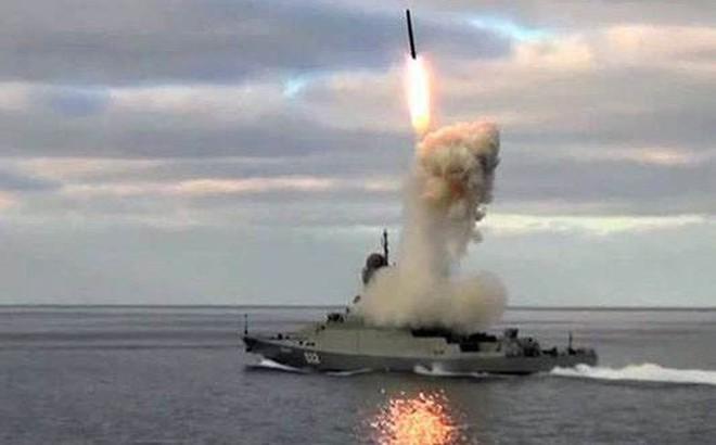 Nga ngưng sản xuất 12 mẫu vũ khí sau khi thử nghiệm ở Syria