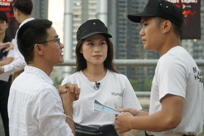 Ngọc Thanh Tâm thực hiện thử thách căng thẳng tại show thực tế - Ảnh 1.
