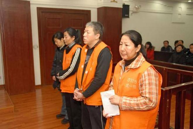 Nữ cục trưởng Trung Quốc dâm đãng, ngủ với cả sếp lẫn nhân viên - Ảnh 3.