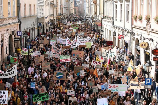 Greta Thunberg: Liệu các vị có quá ác độc không? - Ảnh 1.