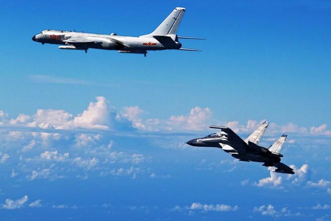 Vì sao quân đội Trung Quốc phải đột phá hai yết hầu trên biển Đông Á bằng mọi giá? - Ảnh 2.