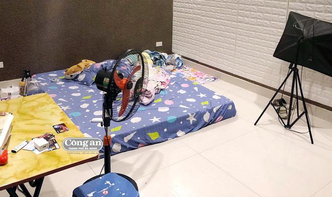 Nút thắt để phá được vụ nhóm người Trung Quốc thuê nhà ở Đà Nẵng quay các clip sex - Ảnh 1.
