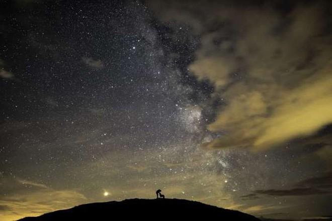 Những bức ảnh Thiên văn học đẹp nhất năm 2019 - Ảnh 15.