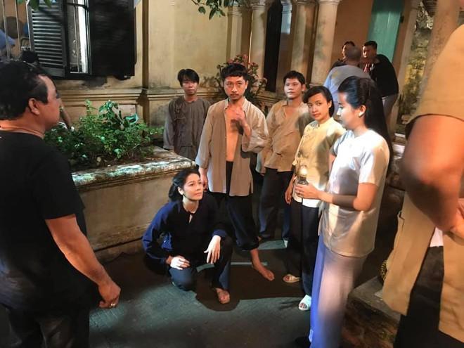 Sự thật cảnh nóng bà chủ Cao Thái Hà cưỡng bức tên đầy tớ phim Tiếng sét trong mưa - Ảnh 3.