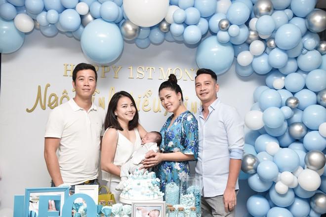 Vợ chồng Ngọc Hiền tổ chức tiệc đầy tháng cho con trai - Ảnh 2.