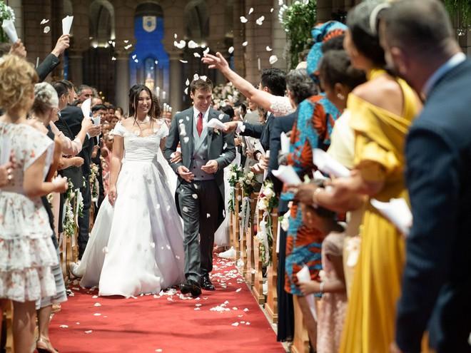 Mối tình gần một thập kỷ và lễ cưới trong mơ của cô gái Việt làm dâu Hoàng gia Monaco - Ảnh 1.