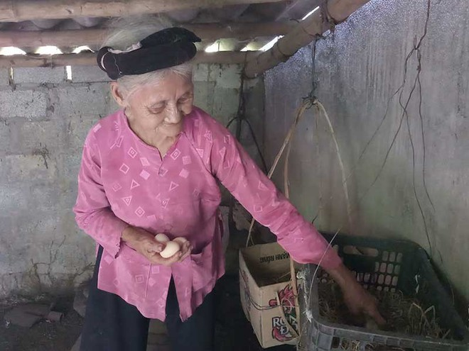 Gặp cụ bà 84 tuổi quyết xin ra khỏi diện hộ nghèo - Ảnh 1.