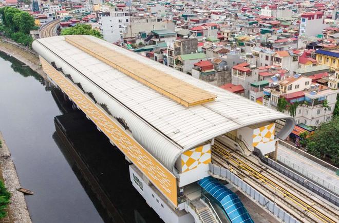 Cận cảnh đường sắt Cát Linh-Hà Đông tiến độ kiểu rùa bò hơn thập kỷ - Ảnh 4.