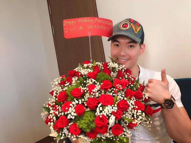 Cuộc sống viên mãn của siêu mẫu Việt bên vợ đại gia hơn 15 tuổi - Ảnh 5.