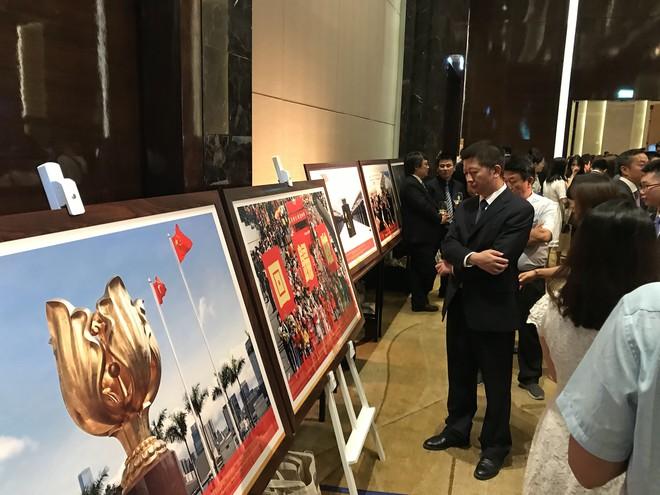 Phó Thủ tướng Vương Đình Huệ dự kỷ niệm 70 năm Quốc khánh Trung Quốc - Ảnh 4.