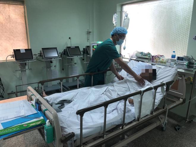 Cứu sống bệnh nhân mắc bệnh lý hiếm chỉ 1/100.000 người bị - Ảnh 2.