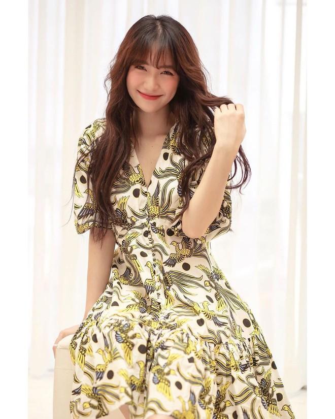 Được đại gia cầu hôn, Hòa Minzy tuyên bố chỉ sống chung với người có điều kiện, quan trọng là phải có tiền - Ảnh 2.