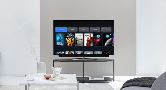 OnePlus ra mắt TV mới Q1 màn QLED 4K 55 inch, nhưng lại học đòi Apple đi bán chân đế riêng - Ảnh 1.