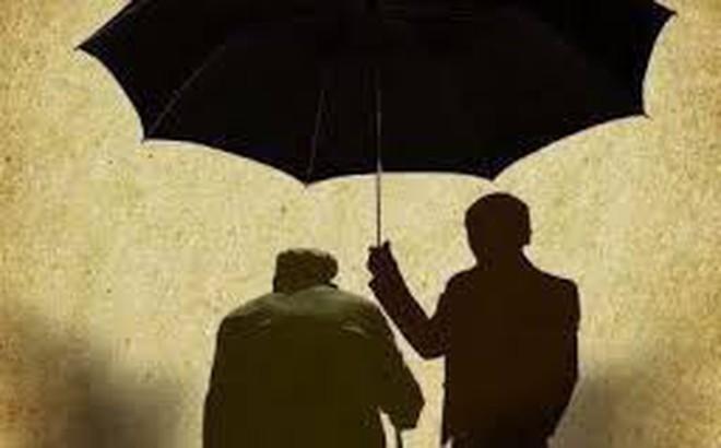 Giấu kín nhiều năm, đến khi bị thương nhưng từ chối điều trị, người cha mới nói ra bí mật xót xa về con trai