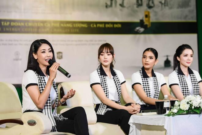 """Hoa hậu Hà Kiều Anh: """"Sách quý dạy nghĩ tích cực, sống năng lượng"""" - Ảnh 4."""