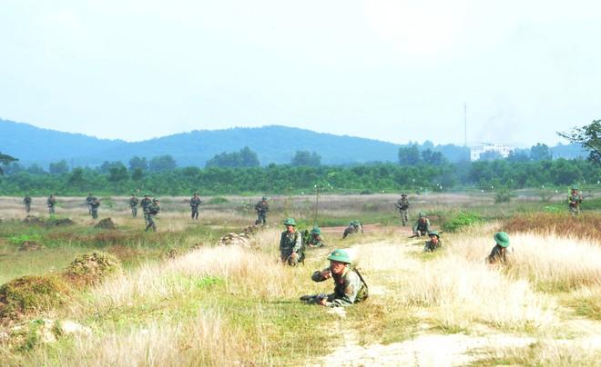 Chiến trường K: Tiếng hú chim thiêng báo động đặc công Khmer Đỏ mò vào - Rợn người - Ảnh 4.